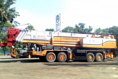 crane-300t-03